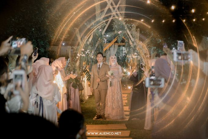 The Wedding Of Melly & Wisnu by alienco photography - 026