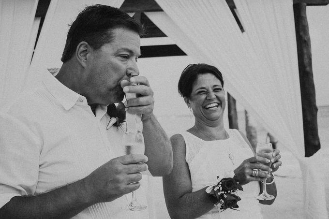 Weddingday Mr & Mrs Hindman by Topoto - 018