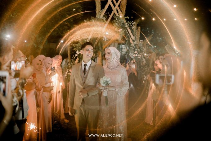 The Wedding Of Melly & Wisnu by alienco photography - 027