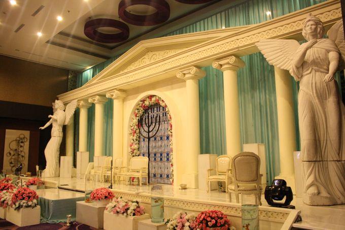 Wedding Decoration & Set Up at Holiday Inn Bandung Pasteur by Holiday Inn Bandung Pasteur - 012
