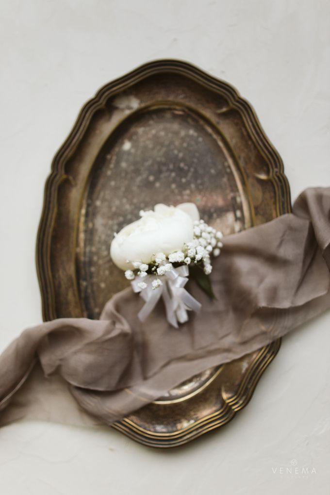 Clean and Elegant Wedding at Ayana MidPlaza by Priscilla Myrna - 021