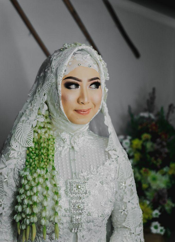 THE WEDDING DAY  MAGELANG by byawatugilang - 002
