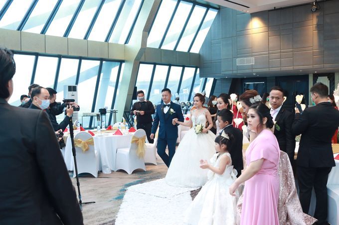 New Normal Wedding Entertainment At JHL Solitaire Serpong - Double V Entertainment by Double V Entertainment - 003