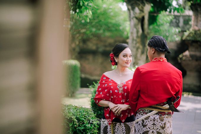 The Prewedding story of Devi & Candra by Photolagi.id - 001
