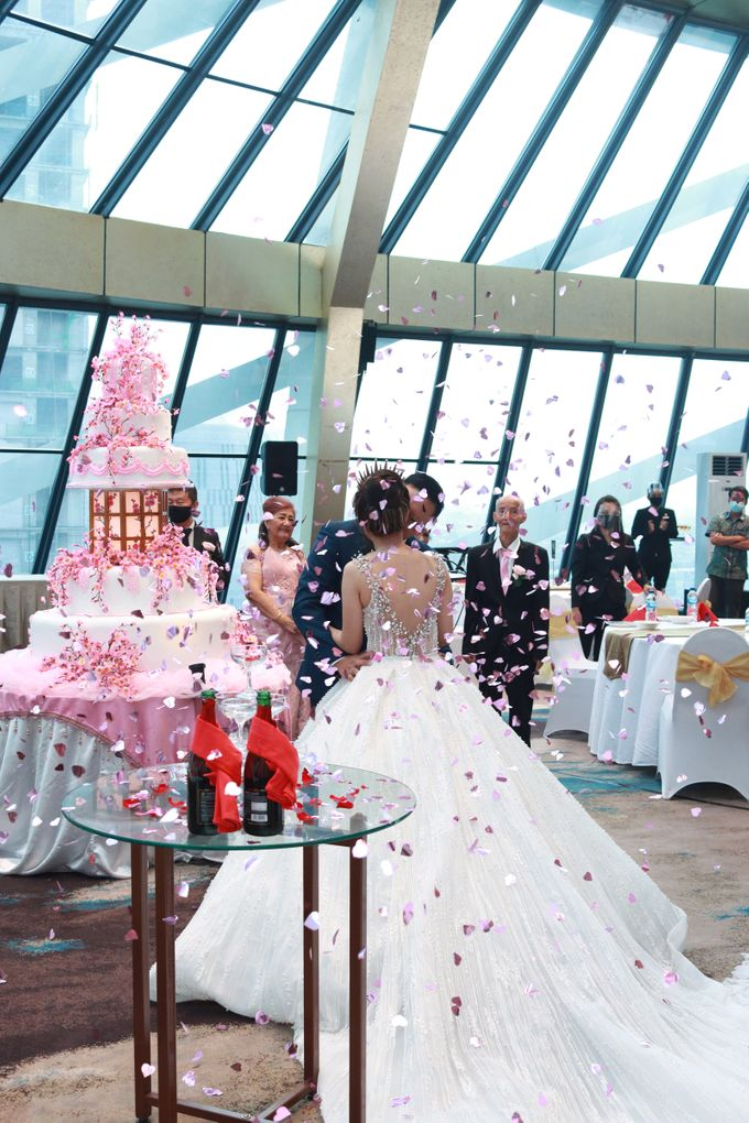 New Normal Wedding Entertainment At JHL Solitaire Serpong - Double V Entertainment by Double V Entertainment - 006