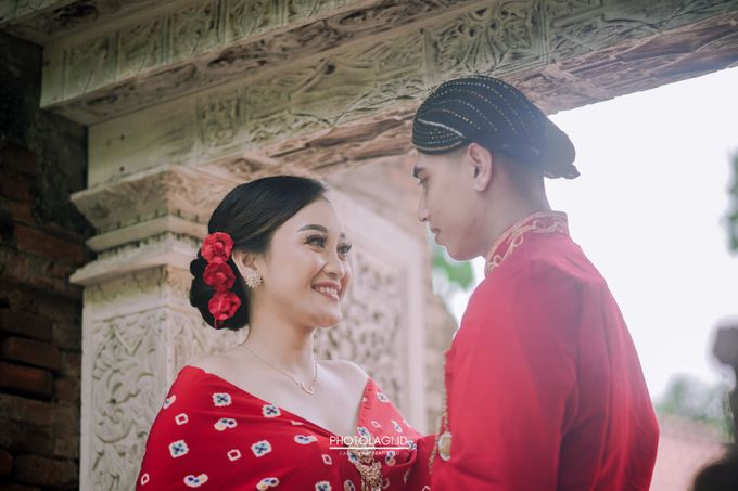 The Prewedding story of Devi & Candra by Photolagi.id - 003