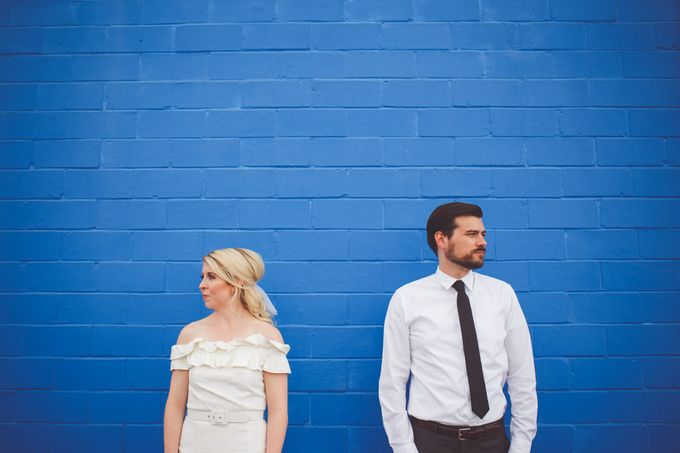 Bold Mod Elopement by Amber Elaine Photography - 001