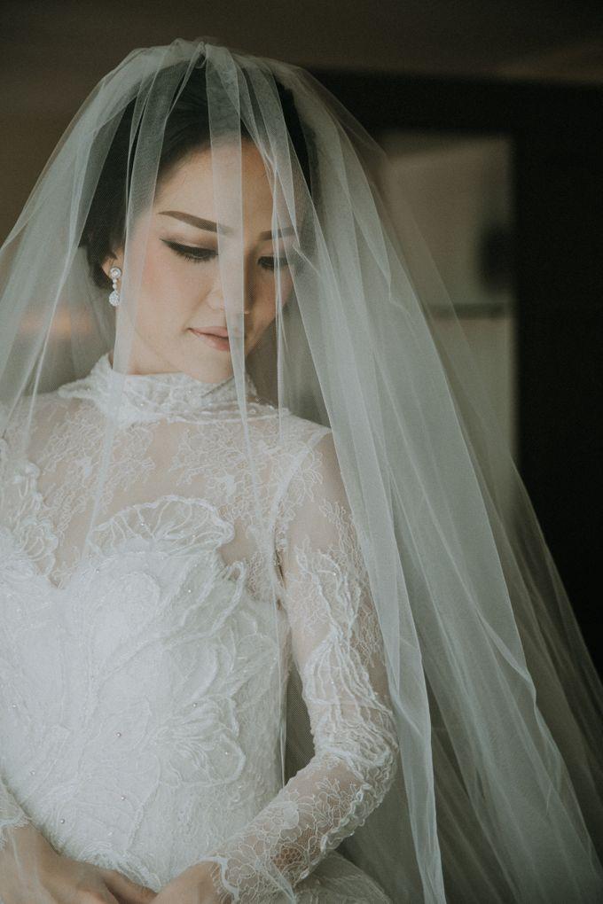 THE WEDDING OF ABEDNEGO & AGUSTINNE by natalia soetjipto - 007