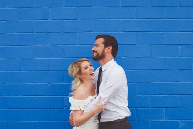 Bold Mod Elopement by Amber Elaine Photography - 005