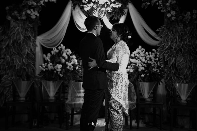 The Wedding of Ririn & Rizky by EdgeLight Production - 012