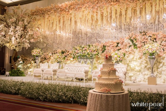 Pullman CP 2018 08 18 by White Pearl Decoration - 014