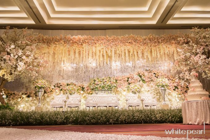 Pullman CP 2018 08 18 by White Pearl Decoration - 016