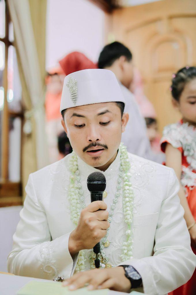 THE WEDDING DAY  MAGELANG by byawatugilang - 012