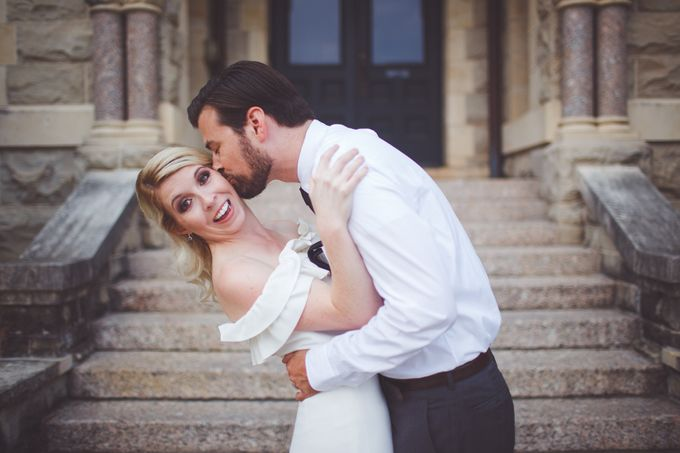 Bold Mod Elopement by Amber Elaine Photography - 010