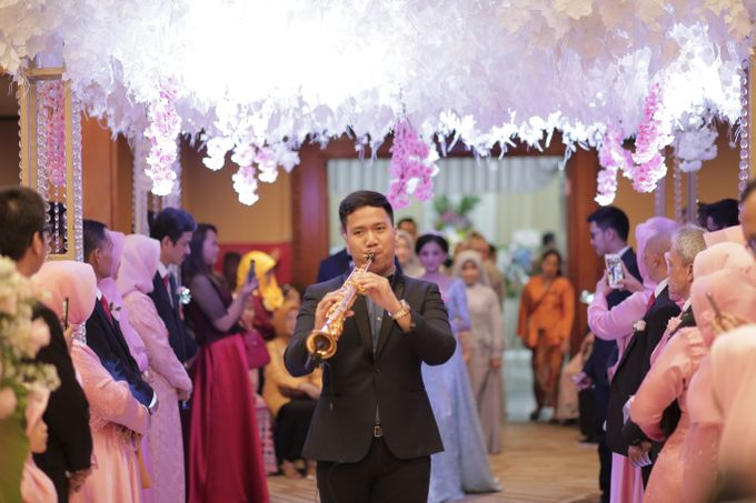 The Wedding of Desty & Hadyan by Desmond Amos Entertainment - 002