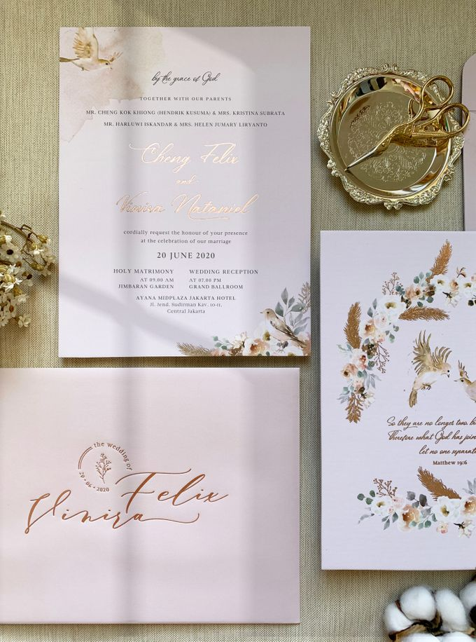 Love Birds by Trouvaille Invitation - 002
