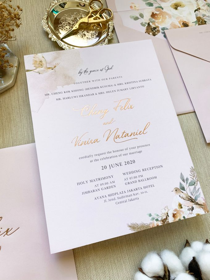 Love Birds by Trouvaille Invitation - 004