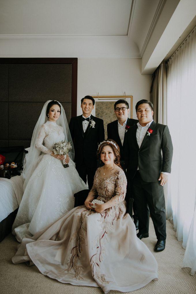 THE WEDDING OF ABEDNEGO & AGUSTINNE by natalia soetjipto - 008