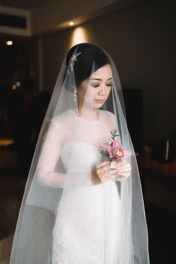 Sabar & Tiara Wedding Day by Nike Makeup & Hairdo - 012