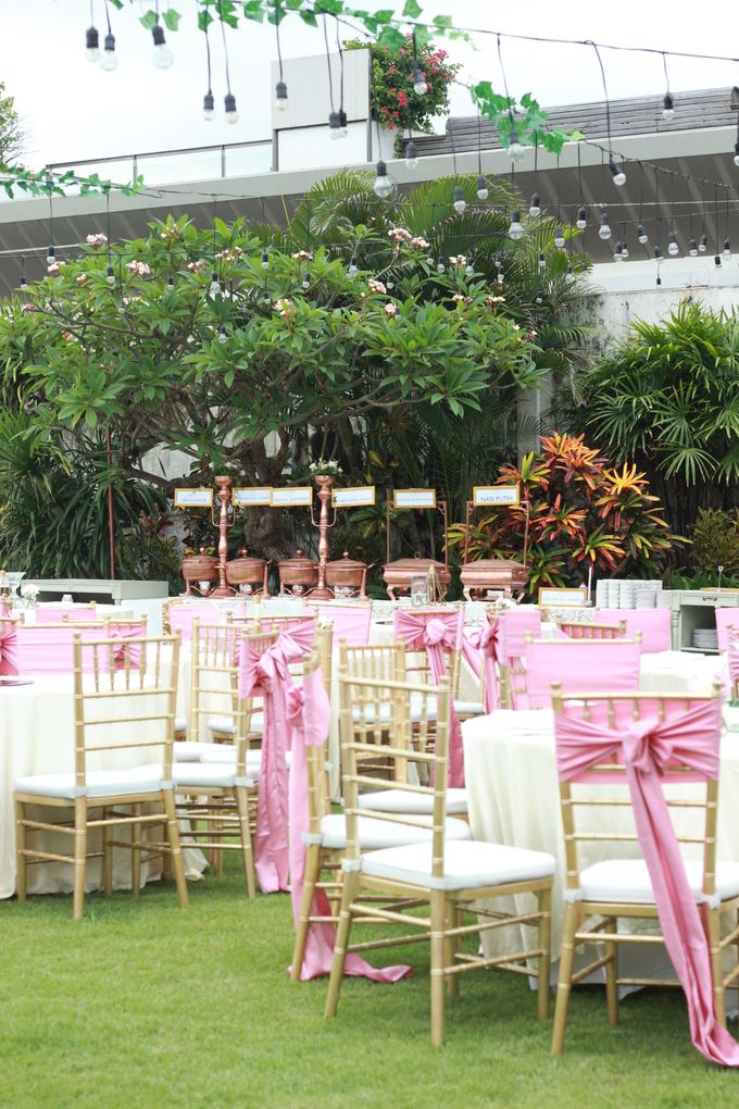 Outdoor wedding Bianda and Dhika by DASA Catering - 009