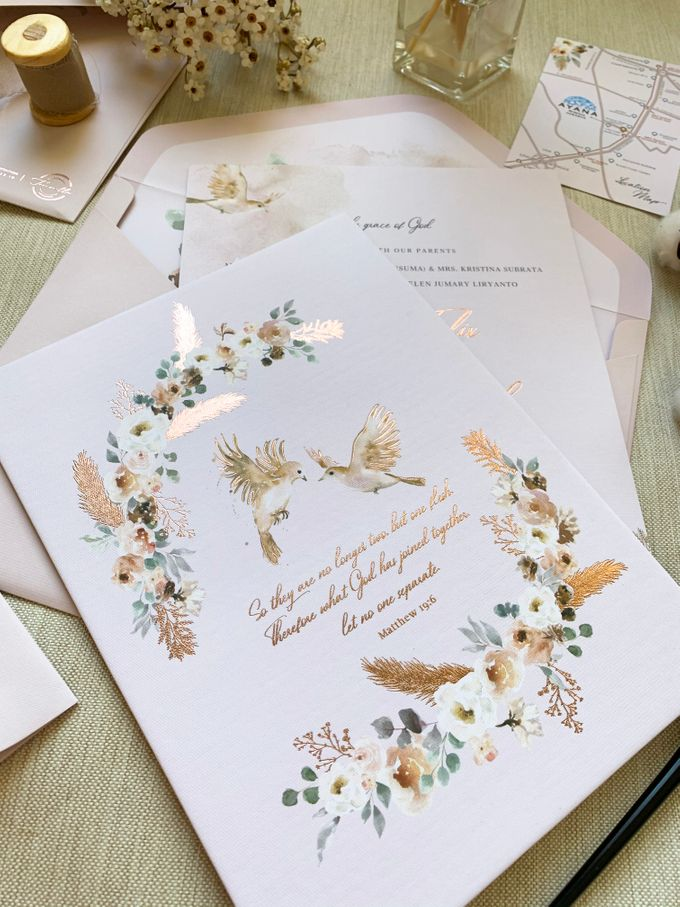 Love Birds by Trouvaille Invitation - 010