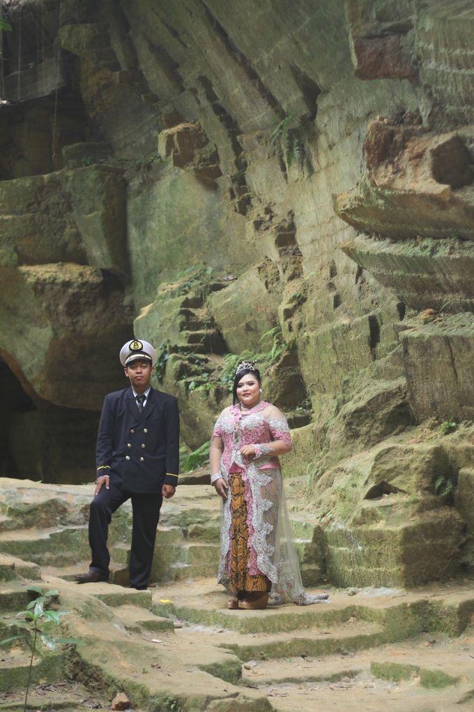 prewedding of Santi & jaka by Ahla Islamic Wedding Organizer - 002