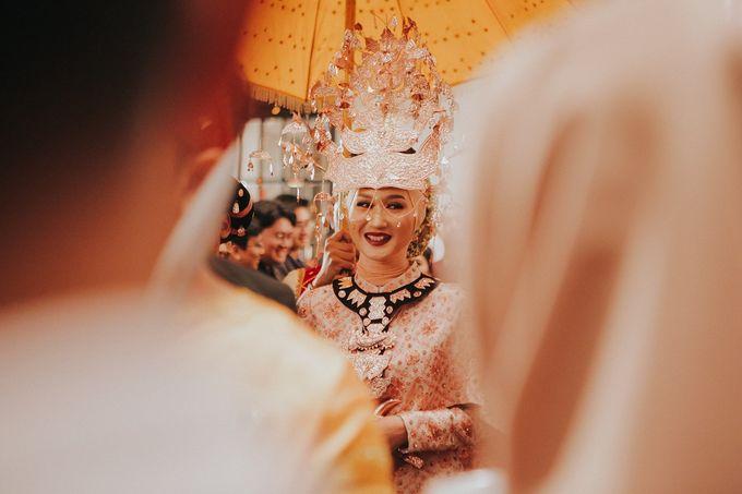 Dian Pelangi & Sandy Nasution by Akuwedding - 001
