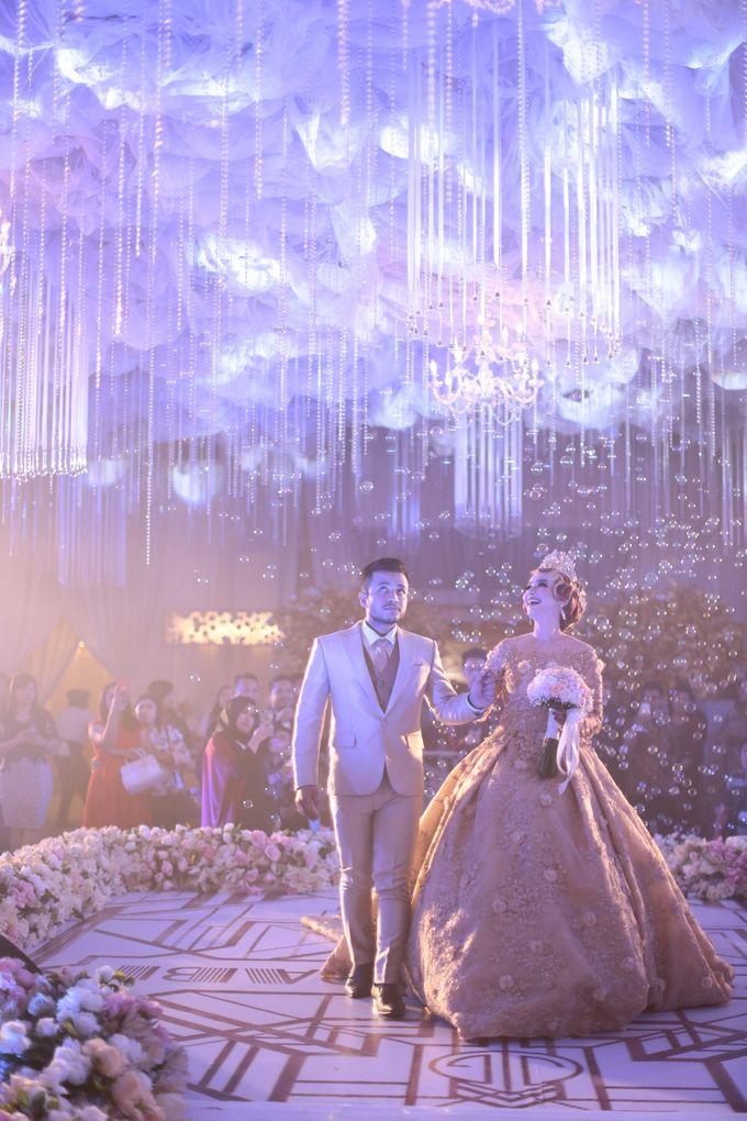 Wedding Of Azmi & Rabi'ah by The Great Larasati - 040
