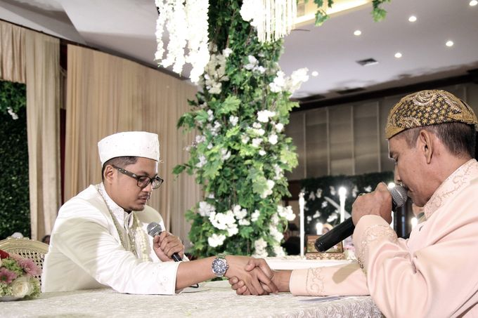 putri & Arif Akad Nikah by Our Wedding & Event Organizer - 015