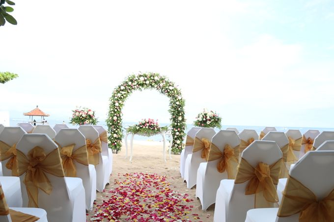 Ina & Renato Wedding by Holiday Inn Resort Bali Benoa - 001