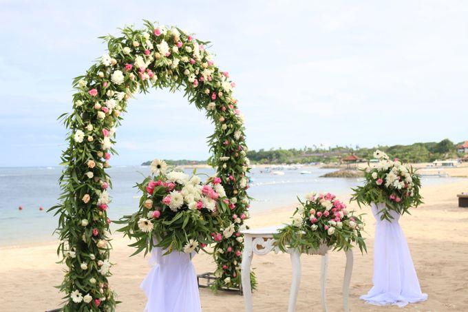 Ina & Renato Wedding by Holiday Inn Resort Bali Benoa - 004