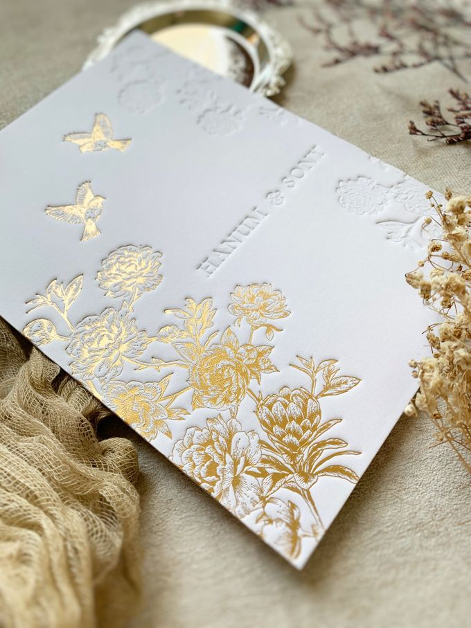 Peony Chinoisserie by Trouvaille Invitation - 001