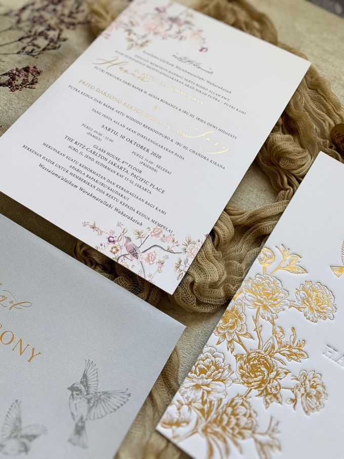 Peony Chinoisserie by Trouvaille Invitation - 007