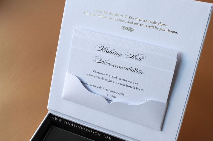 Robert & Maria by Vinas Invitation - 003