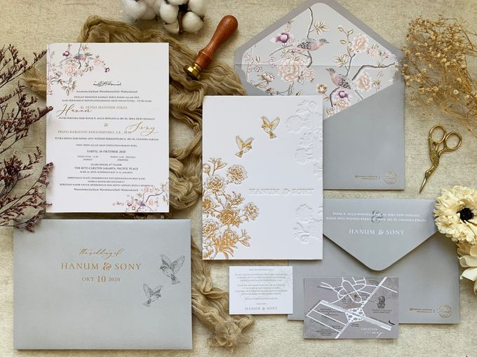 Peony Chinoisserie by Trouvaille Invitation - 009