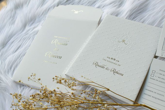 Rinaldo & Rebecca by Vinas Invitation - 003