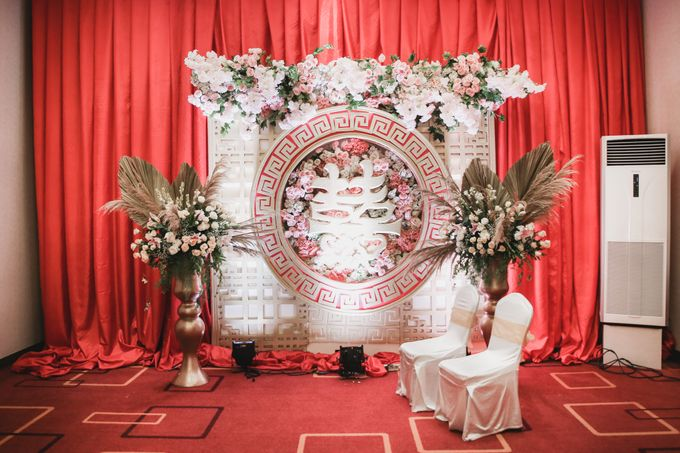Decorated Wedding Hall Skenoo by IKK Wedding Venue - 002