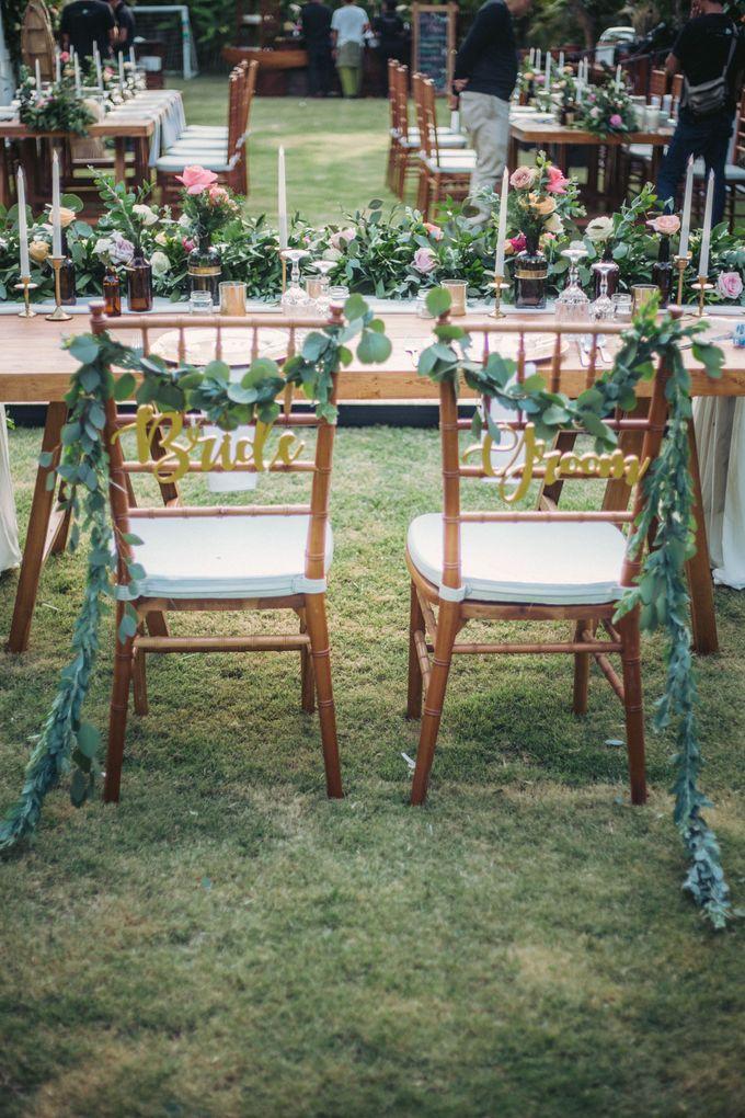 Sweet Rustic Wedding at New Kuta Golf & Villa Bayu Bali by Silverdust Decoration - 005