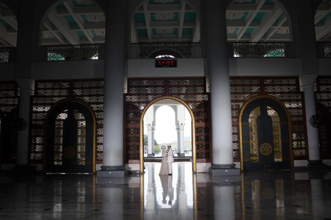 The Wedding of Ikhsan and Laily by LAKSMI - Kebaya Muslimah & Islamic Bride - 007