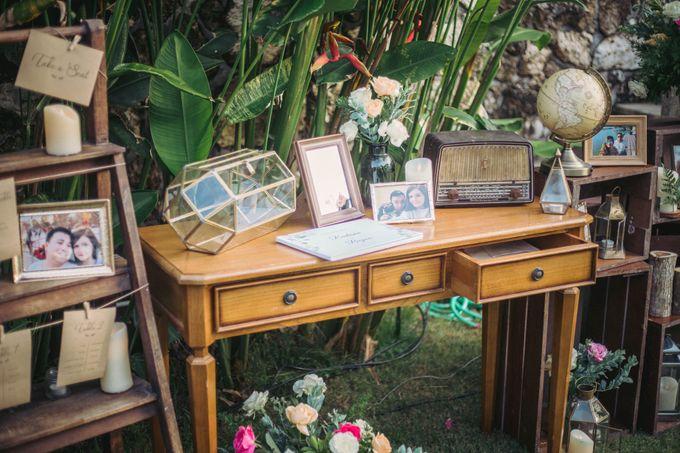 Sweet Rustic Wedding at New Kuta Golf & Villa Bayu Bali by Silverdust Decoration - 007