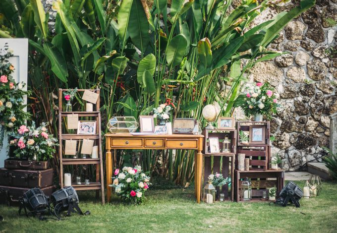 Sweet Rustic Wedding at New Kuta Golf & Villa Bayu Bali by Silverdust Decoration - 008