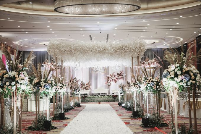 Decorated Wedding Hall Skenoo by IKK Wedding Venue - 004