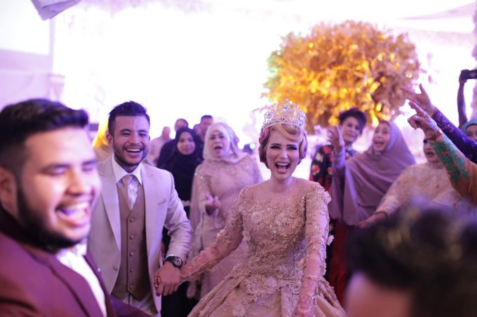 Wedding Of Azmi & Rabi'ah by The Great Larasati - 041