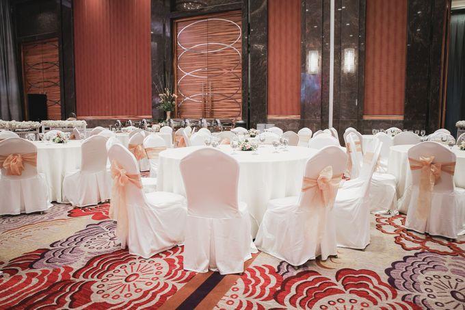 Skenoo Hall VIP Area Decoration by IKK Wedding Venue - 001
