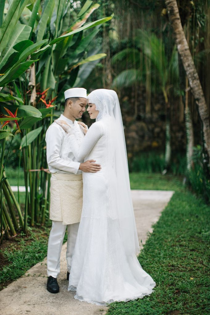 The Wedding of Novi and Rion by Kate Bridal and Couture - 011