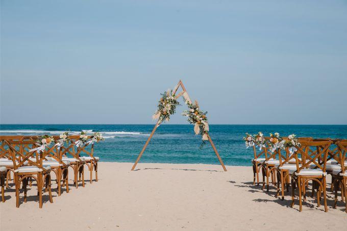 Summer - Modern Beach Wedding at Inaya Resort by Silverdust Decoration - 020