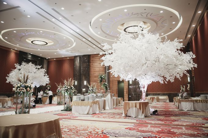 Decorated Wedding Hall Skenoo by IKK Wedding Venue - 006