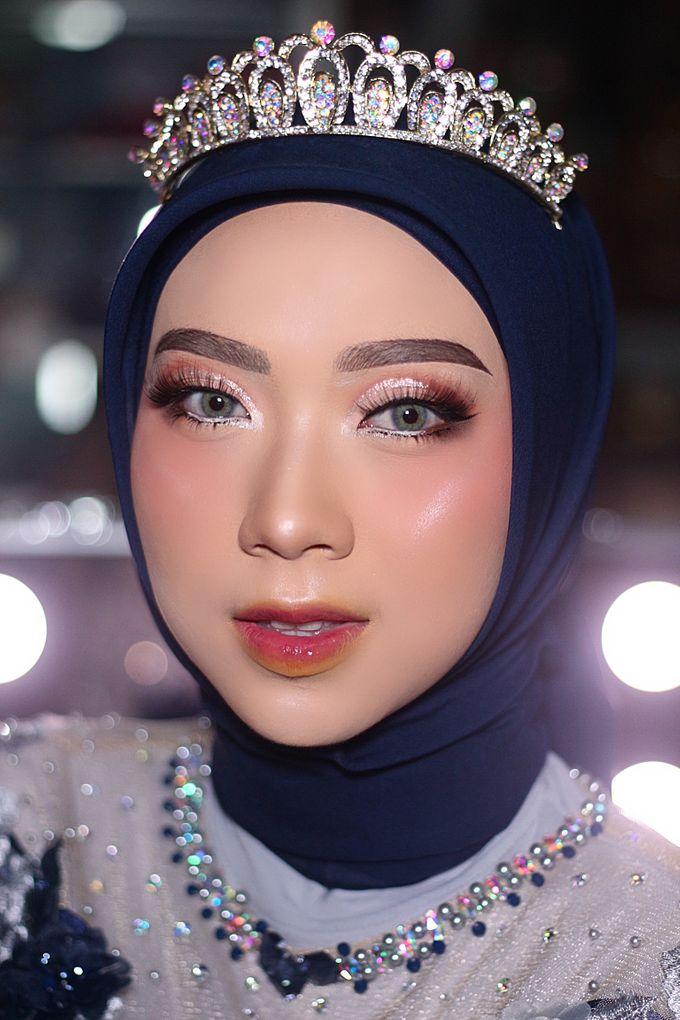 Wedding Make Up by Make Up by Mutiara Fallahdani - 012