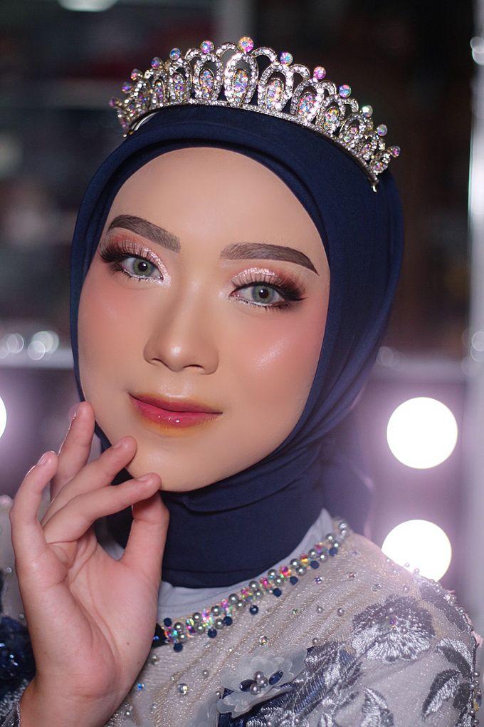 Wedding Make Up by Make Up by Mutiara Fallahdani - 013