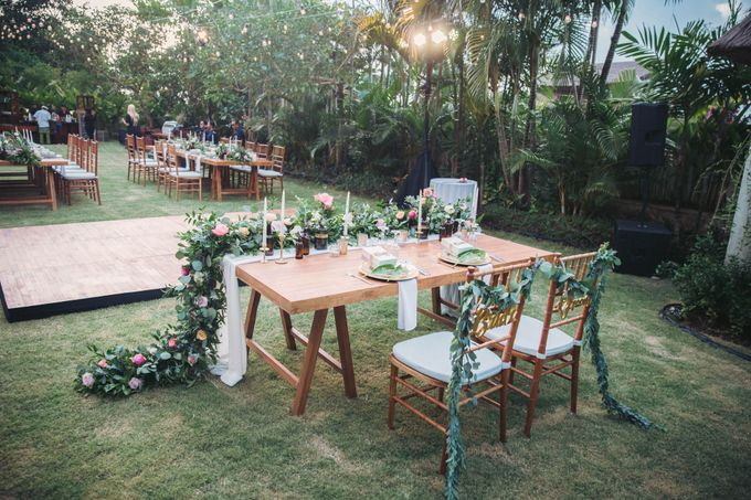 Sweet Rustic Wedding at New Kuta Golf & Villa Bayu Bali by Silverdust Decoration - 012